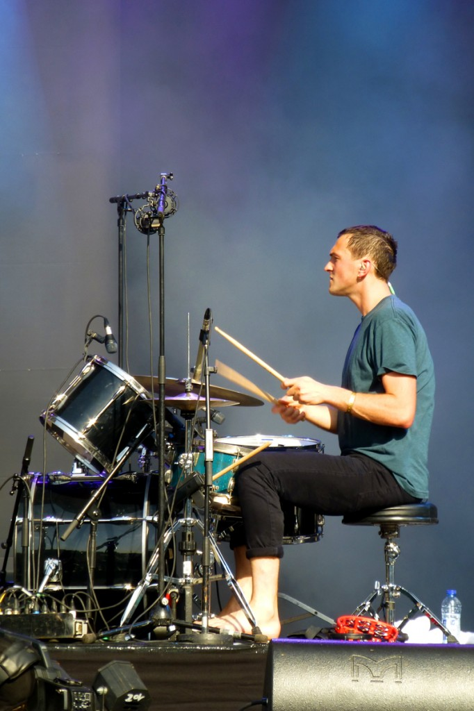 Joe Seaward drummer Glass Animals band batteur groupe stage concert Fnac Live festival 2014 photo by United States of Paris blog