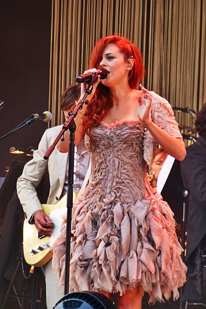 Emilie Simon concert live festival Rock en Seine avec orchestre Ile de France photo by United States of Paris blog