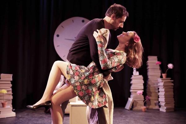 Joyeux anniversaire quand même pièce théâtre Les déchargeurs  Lillian LLoyd Bruno Sanchez Sophie di Malta comédie humour