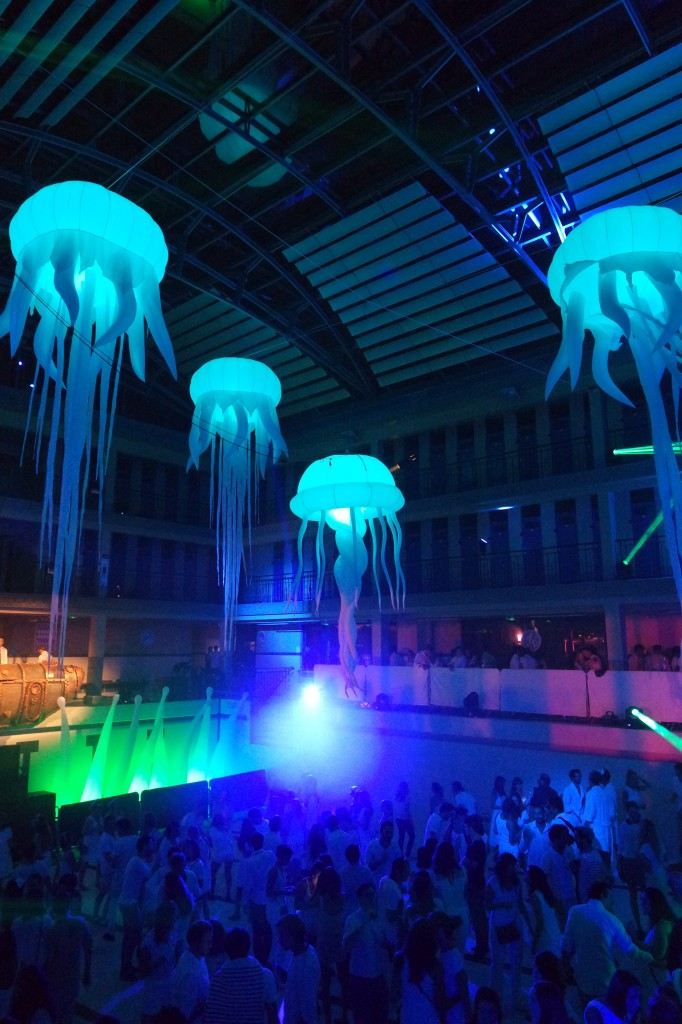 The-Underwater-2-party-Piscine-Pailleron-Paris-Agence-événementielle-Wato-We-are-the-oracle-photo-by-United-States-of-Paris-Blog